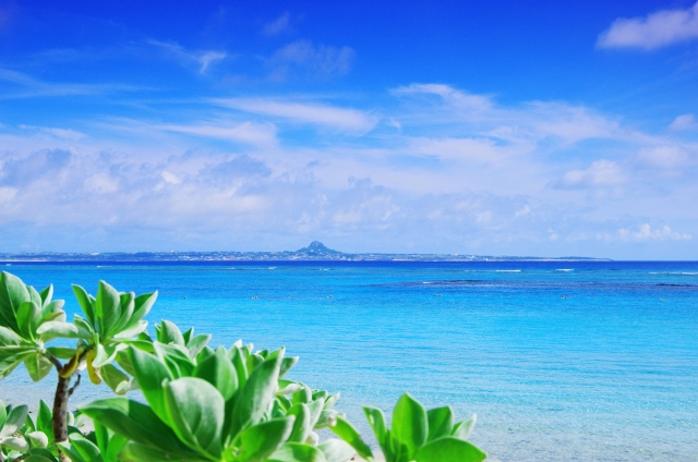 GWの沖縄の気温はどのくらい?服装はどんな格好をすればいい?