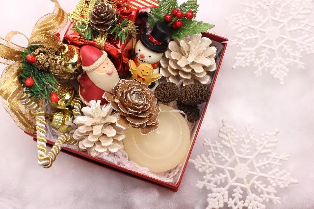 クリスマスプレゼントに予算2000円で贈れるものはこちら!