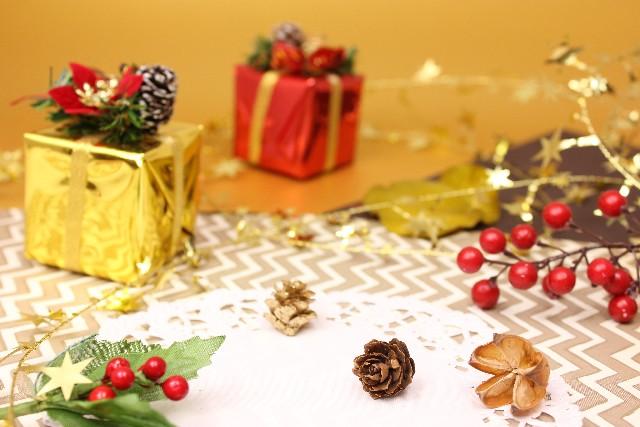 クリスマスプレゼントに手作りの小物を贈ろう!
